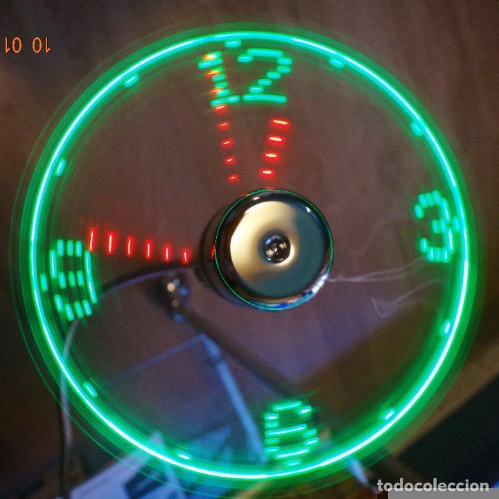 Relojes de pared: RELOJ LED MULTICOLOR USB LÁSER FLOTANTE + VENTILADOR - Foto 2 - 69891057