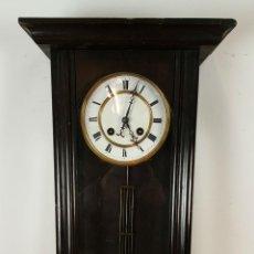 Relojes de pared: RELOJ DE PARED. MUEBLE EN MADERA. MAQUINARIA PARIS. SIGLO XIX-XX. . Lote 72209779