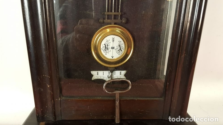 Relojes de pared: RELOJ DE PARED. MUEBLE EN MADERA. MAQUINARIA PARIS. SIGLO XIX-XX. - Foto 8 - 72209779