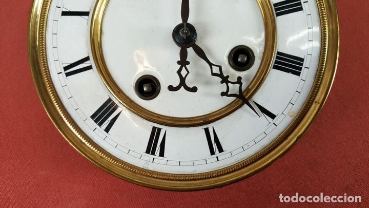 Relojes de pared: RELOJ DE PARED. MUEBLE EN MADERA. MAQUINARIA PARIS. SIGLO XIX-XX. - Foto 9 - 72209779