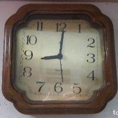 Relojes de pared: BELLO RELOJ VINTAGE DE PARED. Lote 72227523