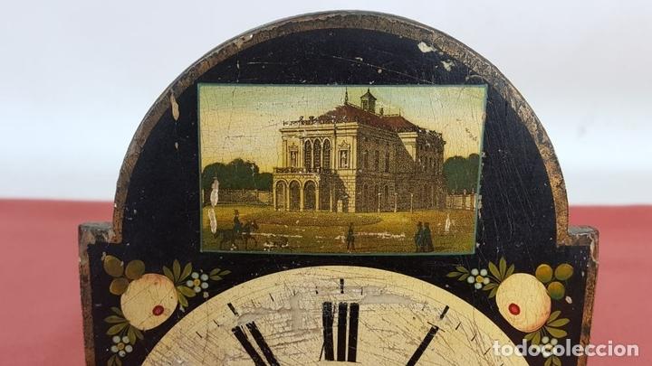 Relojes de pared: RATERA O RELOJ DE PARED DE FORMATO PEQUEÑO. MADERA POLICROMADA. ALEMANIA? SIGLO XIX - Foto 10 - 72852035