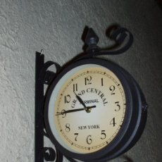 Relojes de pared: RELOJ ESTACIÓN REPLICA, CON FORJA.. Lote 73993199
