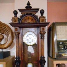 Relojes de pared: ANTIGUO RELOJ DE PARED ALEMAN MARCA JUNGHANS FUNCIONANDO - FINALES DEL SIGLO XIX -. Lote 74100591
