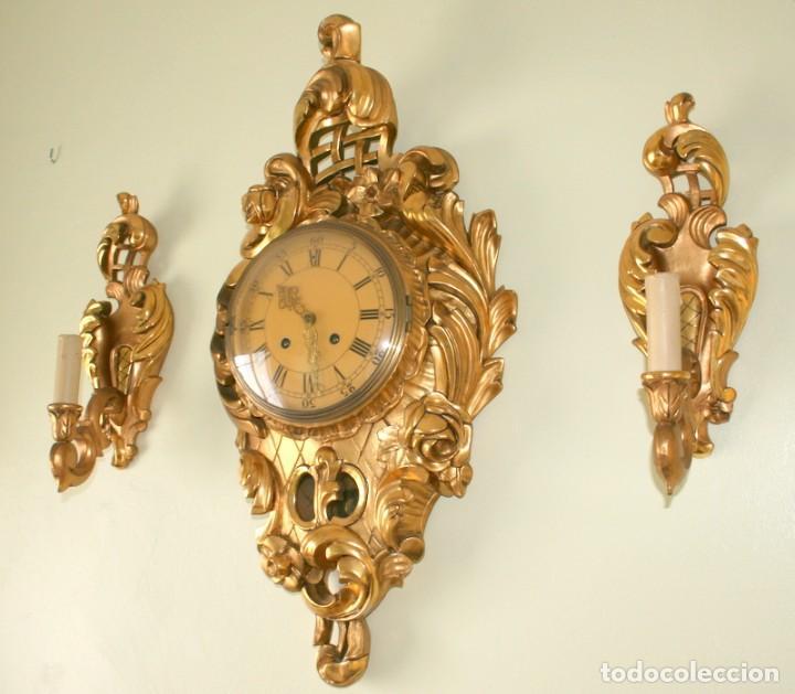 Relojes de pared: ANTIGUO RELOJ SUECO,CON SUS APLIQUES A JUEGO, CON CUERDA, FUNCIONANDO - Foto 2 - 74417327