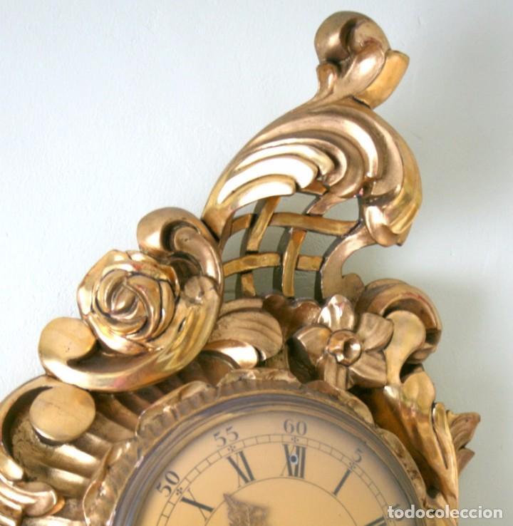 Relojes de pared: ANTIGUO RELOJ SUECO,CON SUS APLIQUES A JUEGO, CON CUERDA, FUNCIONANDO - Foto 7 - 74417327