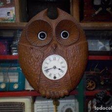 Relojes de pared: RELOJ BUHO MUEVE LOS OJOS. Lote 77086989