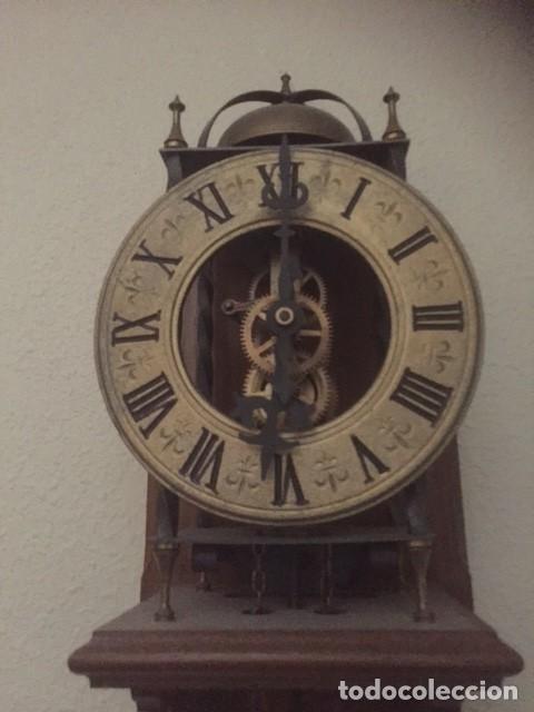 Relojes de pared: RARO RELOJ MAQUINARIA VISTA,PERFECTAS CONDICIONES,A DESTACAR SU GRAN CAMPANA Y SU FORMA - Foto 5 - 97033044