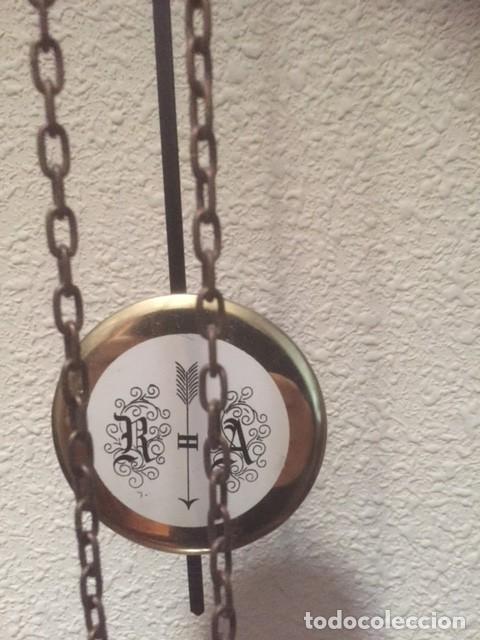 Relojes de pared: RARO RELOJ MAQUINARIA VISTA,PERFECTAS CONDICIONES,A DESTACAR SU GRAN CAMPANA Y SU FORMA - Foto 6 - 97033044