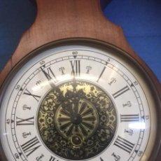 Relojes de pared: RELOJ DE CUERDA ALEMAN PERFECTO ,MAS ESTACION BAROMETRICA EN MADERA NOBLE VER FOTOS. Lote 80447213