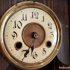 Relojes de pared: ANTIGUO RELOJ DE PARED, FUNCIONA PERFECTAMENTE, SONERIA HORAS Y MEDIAS, MIRAR FOTOS.. Lote 81080800