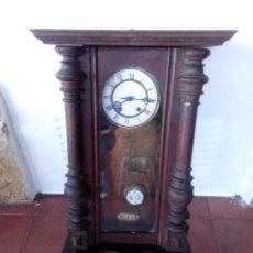 Relojes de pared: ANTIGUO RELOJ ISABELINO DE LA FIRMA CARL WERNER. Lote 81853544