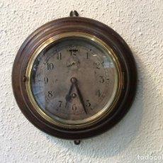 Relojes de pared: ANTIGUO RELOJ DE PARED, OJO DE BUEY, CARGA MANUAL.. Lote 83414276