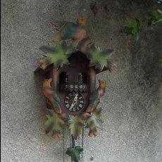 Relojes de pared: RELOJ DE CUCU CON BAILARINES, AUTÉNTICO DE LA SELVA NEGRA. Lote 84355176