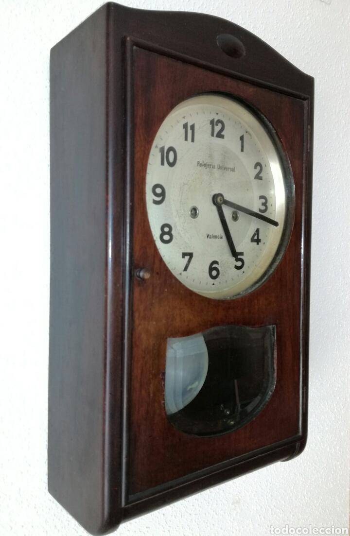 Relojes de pared: Antiguo Reloj A Cuerda R.Valencia - Foto 3 - 85150894