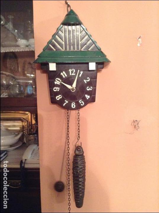 PRECIOSO RELOJ MINIATURA ART DECO DE LOS AÑOS 2O EN BAQUELITA FUNCIONANDO DE LA MARCA PRIM (Relojes - Pared Carga Manual)