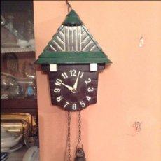 Relojes de pared: PRECIOSO RELOJ MINIATURA ART DECO DE LOS AÑOS 2O EN BAQUELITA FUNCIONANDO DE LA MARCA PRIM. Lote 47168265