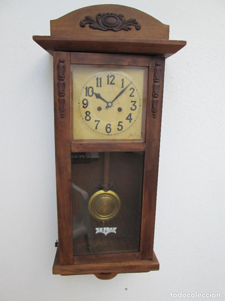 RELOJ DE PARED ANTIGUO H.A.C. FLECHAS CRUZADAS, 1890.FUNCIONANDO (Relojes - Pared Carga Manual)