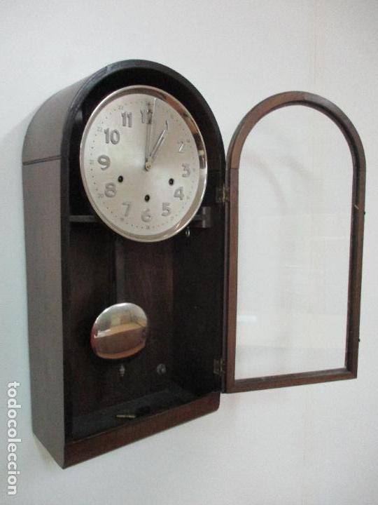 ANTIGUO RELOJ DE PARED - CARGA MANUAL - SONERÍA DE CARRILLÓN - COMPLETO - AÑOS 50 (Relojes - Pared Carga Manual)