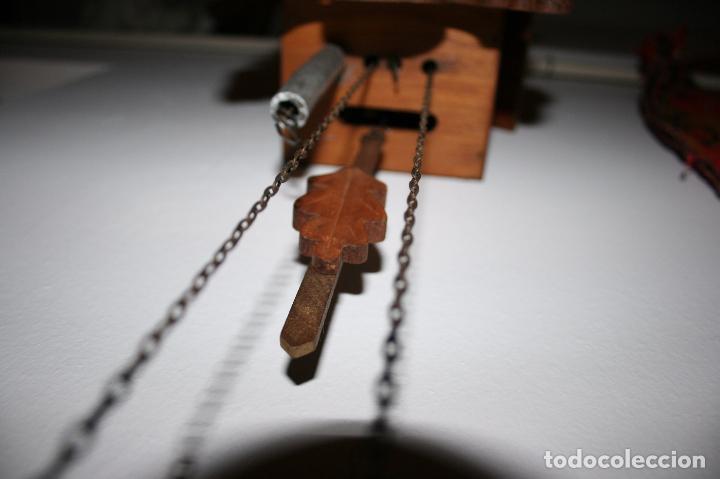 Relojes de pared: Reloj de cuco suizo. Está para restaurar, tiene alguna falta. desconozco si funciona. Madera - Foto 6 - 90415654