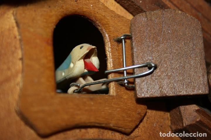 Relojes de pared: Reloj de cuco suizo. Está para restaurar, tiene alguna falta. desconozco si funciona. Madera - Foto 7 - 90415654