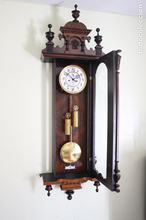 Relojes de pared: ANTIGUO RELOJ VIENE, DE GUSTAV BECKER, CON CUERDA, FUNCIONANDO - Foto 2 - 78166165