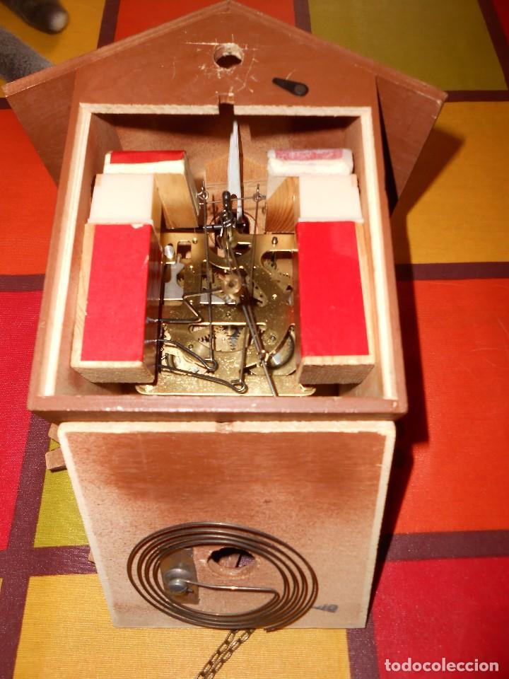 Relojes de pared: BONITO RELOJ CUCU-CUCO MECÁNICO DEL PRESTIGIOSO FABRICANTE HUBERT HERR TRIBERG(SELVA NEGRA ALEMANA). - Foto 2 - 177422252
