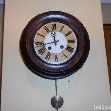 Relojes de pared: ANTIGUO RELOJ DE PARED DEL AÑO 1850/1870 APROXIMADAMENTE.. Lote 93091305