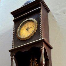 Relojes de pared: RELOJ REPRODUCCIÓN EN MADERA LACADA. Lote 95197111