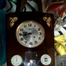 Relojes de pared: RELOJ DE PARED DE CUERDA SG.XLX. Lote 95640852