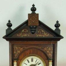 Relojes de pared: RELOJ DE PARED O RATERA EN MADERA DE NOGAL POLICROMADA. SIGLO XIX-XX.. Lote 60976711