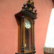 Relojes de pared: RELOJ DE PARED EN MADERA DE NOGAL Y MAQUINARIA JUNGANS PRINCIPIOS DEL SIGLO XX. Lote 97469243