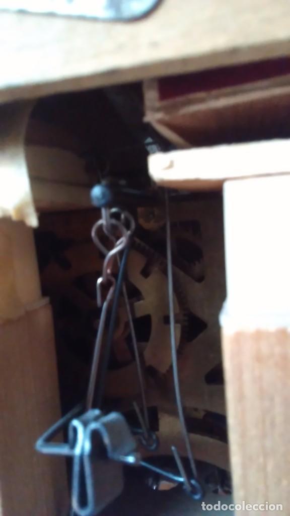 Relojes de pared: Reloj de cuco tipo Selva Negra con pesas y péndulo - Foto 10 - 113396056
