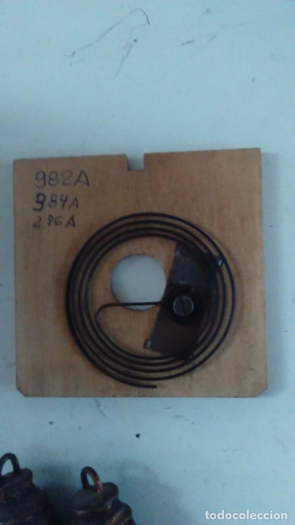 Relojes de pared: Reloj de cuco tipo Selva Negra con pesas y péndulo - Foto 17 - 113396056