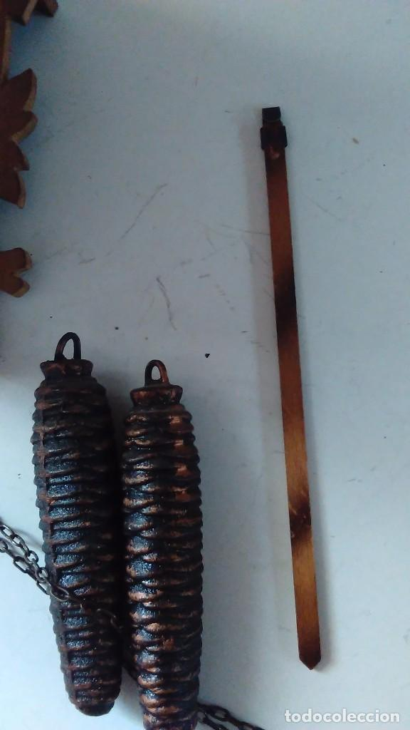 Relojes de pared: Reloj de cuco tipo Selva Negra con pesas y péndulo - Foto 20 - 113396056