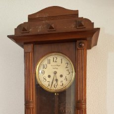 Relojes de pared: RELOJ DE PARED ANTIGUO. RELOJ MECÁNICO.. Lote 99087051