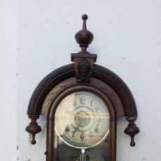 Relojes de pared: RELOJ DE PARED Y DE SOBREMESA. Lote 99544247