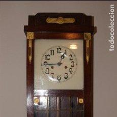 Relojes de pared: ANTIGUO RELOJ DE PARED.. Lote 99816943