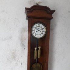 Relojes de pared: RELOJ REGULADOR VIENA CASI A ESTRENAR BUENOS DETALLES FUNCIONA PARA COLECION . Lote 101081783