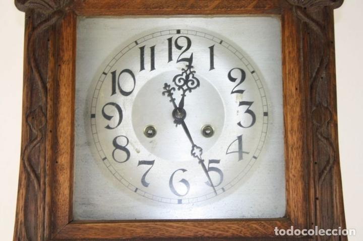 Relojes de pared: RELOJ DE PARED MODERNISTA. MADERA DE ROBLE. PRINCIPIOS SIGLO XX - Foto 4 - 101288252