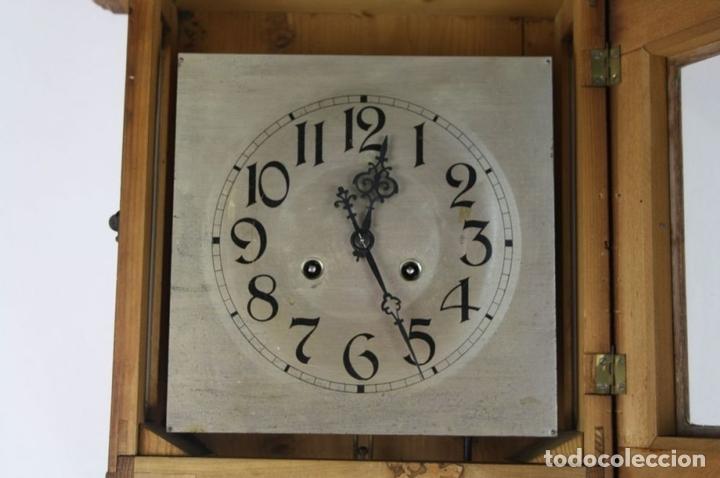 Relojes de pared: RELOJ DE PARED MODERNISTA. MADERA DE ROBLE. PRINCIPIOS SIGLO XX - Foto 6 - 101288252