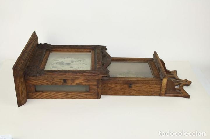 Relojes de pared: RELOJ DE PARED MODERNISTA. MADERA DE ROBLE. PRINCIPIOS SIGLO XX - Foto 11 - 101288252