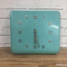 Relojes de pared: RELOJ INDUSTRIAL DE PARED ZENTRA ALEMANIA AÑOS 60. Lote 102802298