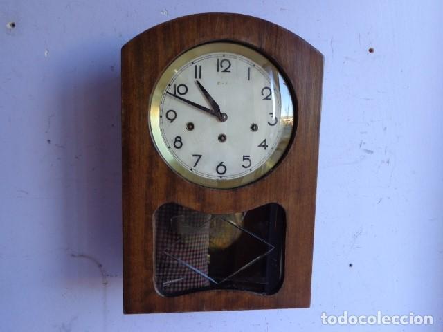 Antiguo Reloj Mecánico Manual A Llave De Pared Con Campanadas Principio 1900 Muebles Antiguos Y Decoración