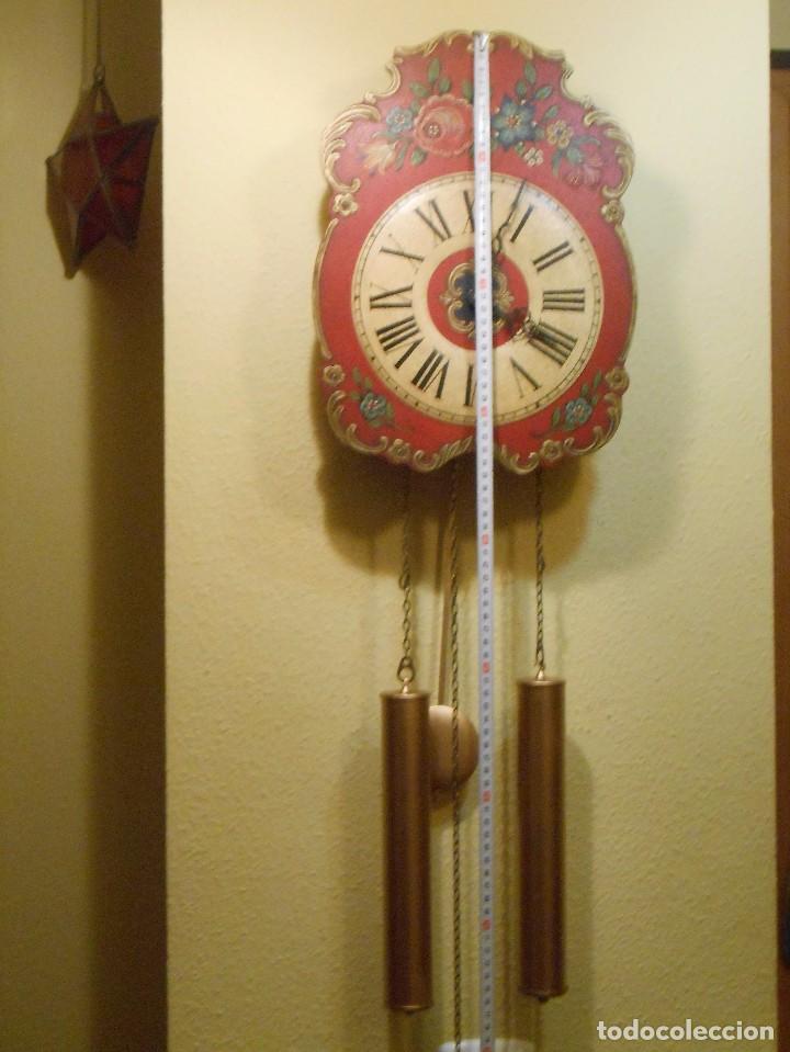 Relojes de pared: GRAN RELOJ ESCUDO DE PARED XL, CUERDA 7-8 DÍAS. - Foto 2 - 103981547
