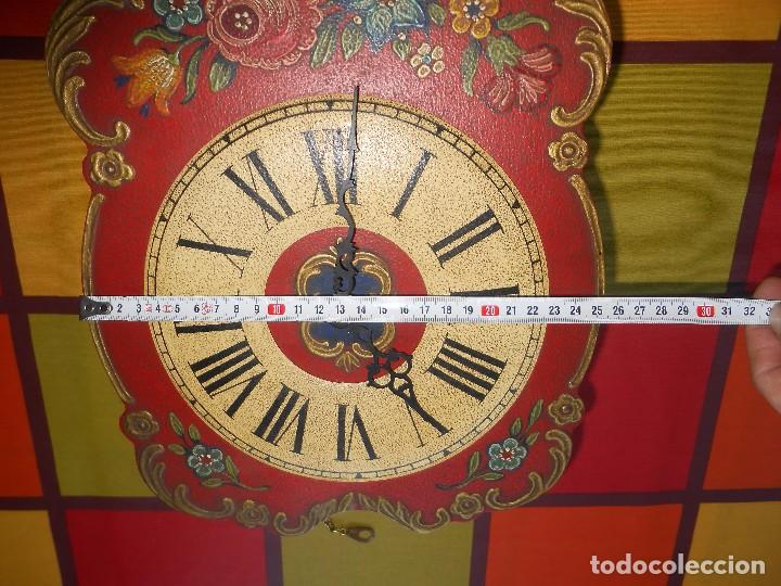 Relojes de pared: GRAN RELOJ ESCUDO DE PARED XL, CUERDA 7-8 DÍAS. - Foto 4 - 103981547