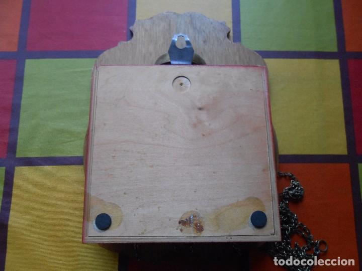 Relojes de pared: GRAN RELOJ ESCUDO DE PARED XL, CUERDA 7-8 DÍAS. - Foto 16 - 103981547