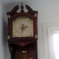 Relojes de pared: RELOJ DE PÉNDULO DE PARED MARCA RADIANT CARRILLÓN CON TRES PESOS .. Lote 104060727