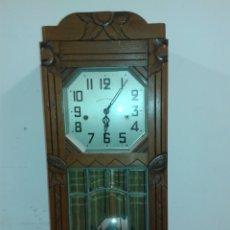 Relojes de pared: ANTIGUO RELOJ DE PARED A. Lote 104413063