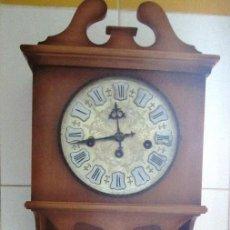 Relojes de pared: MAGNIFICO RELOJ CARRILLON FUNCIONANDO.HORAS,MEDIAS Y CUARTOS. CON LARGA MELODIA.75 CMS. Lote 105098727